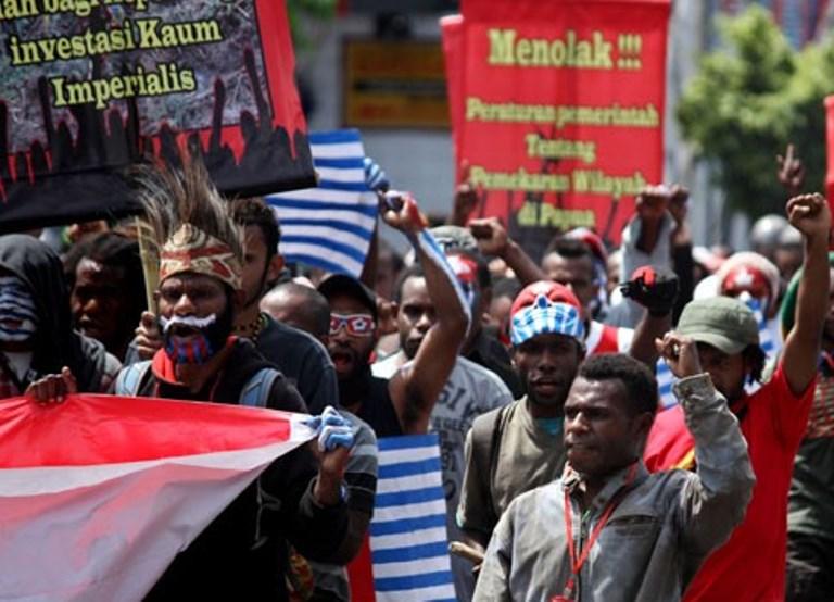 Demo Mahasiswa Papua. ANTARA FOTO/Noveradika