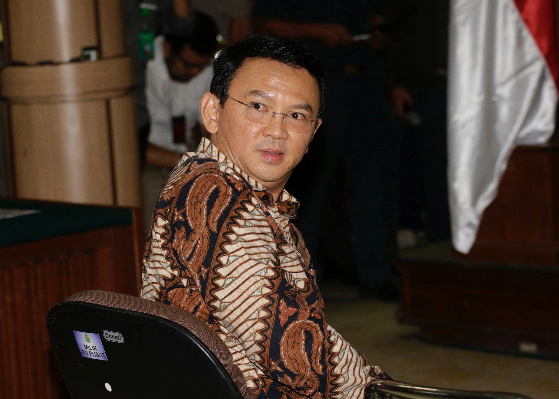 "Gubernur DKI Jakarta nonaktif Basuki Tjahaja Purnama atau Ahok menjalani sidang perdana kasus dugaan penistaan agama di PN Jakarta Utara, Selasa (13/12). ANTARA FOTO/REUTERS/Tatan Syuflana/Pool/16. *** Local Caption *** Jakarta Governor Basuki Tjahaja Purnama, popularly known as ""Ahok"", sits on the defendant's chair at the start of his trial hearing at North Jakarta District Court in Jakarta, Indonesia, Tuesday, Dec. 13, 2016. ANTARA FOTO/REUTERS/Tatan Syuflana/Pool/16."