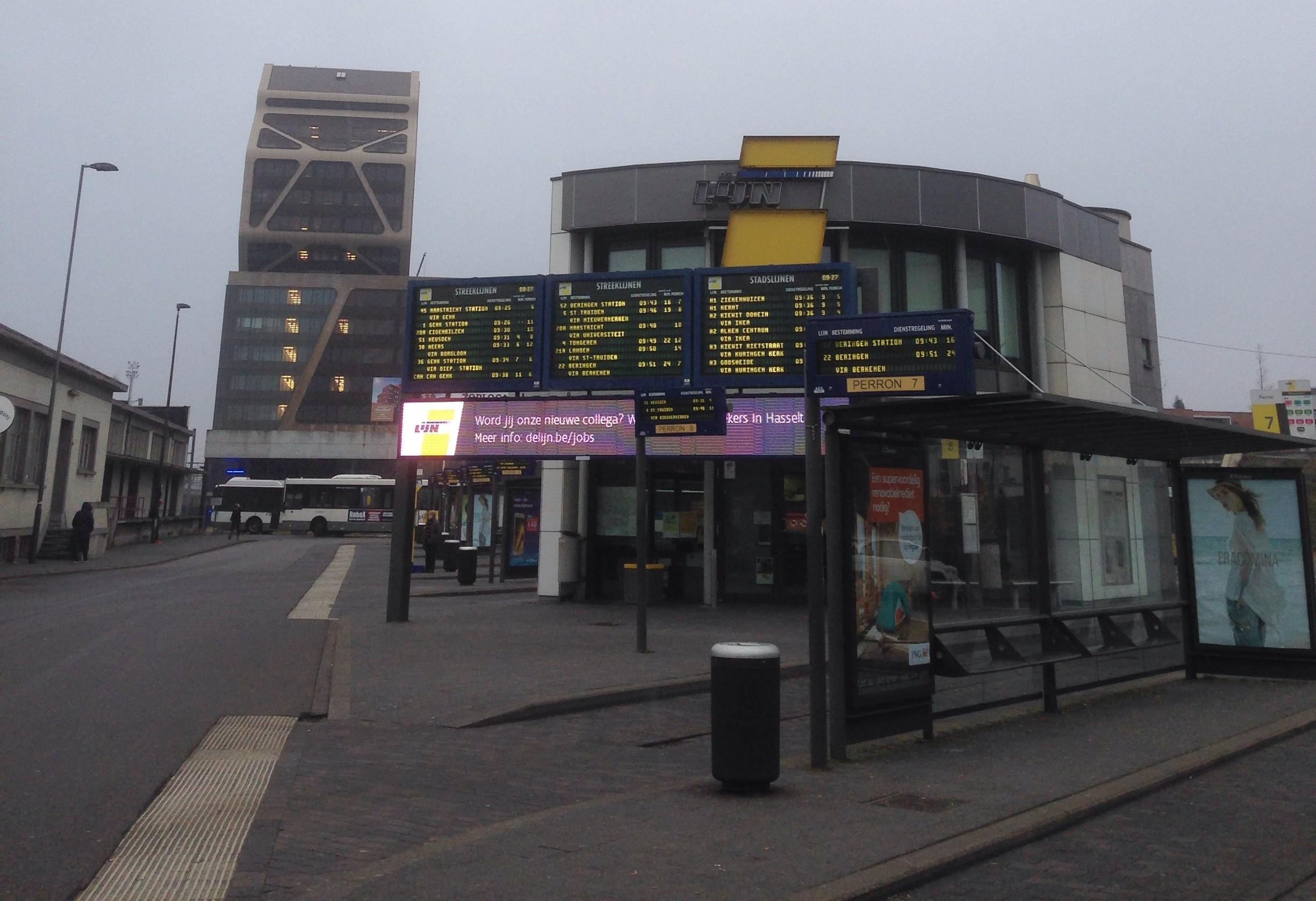 Halte bus De Lijin di Hasselt, Belgia. [Sumber: dokumentasi penulis]