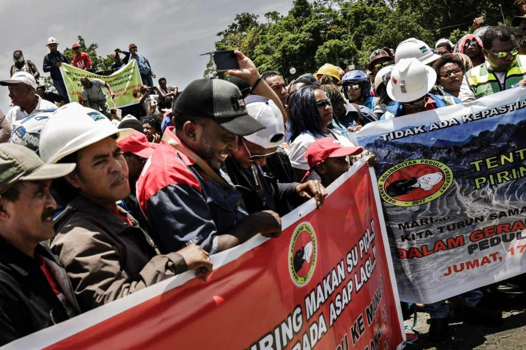 demo-karyawan