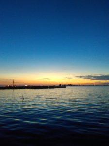 Menyaksikan Senja di Pantai Losari (Dok. Pribadi)