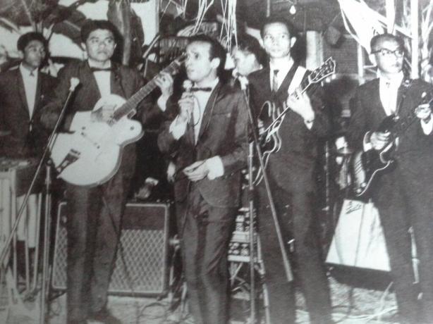Kelompok musik The Lensoist dari kiri Idris Sardi,Jack Lesmana,Munif Bahasuan,Loddy Item dan Maskan.