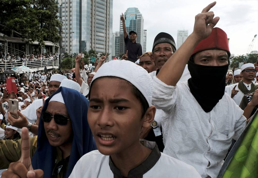 jokowi-dan-islamis-geotimes