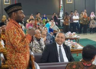 leo pigome pendamping desa leo-pigome-papua-pendamping-desa-dana-desa-